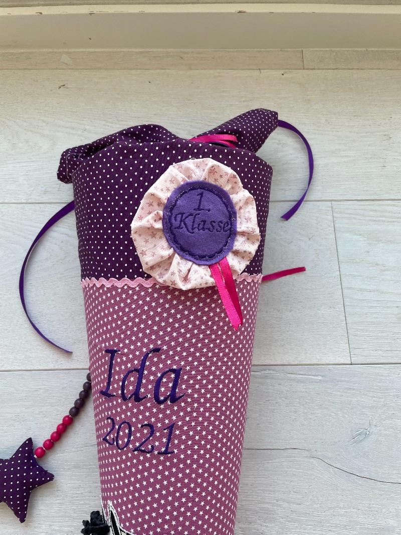 Kleinesbild - handgefertigte Schultüte mit Pferd und Namen