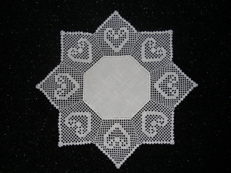 Wohnen Häkeldecke Gehäkelte Decke Herzen Deckchen Zacken