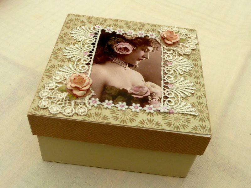 - Edle Nostalgie Geschenkschachtel Schmuckbox mit Vintage Motiv Spitze Decoupage - Edle Nostalgie Geschenkschachtel Schmuckbox mit Vintage Motiv Spitze Decoupage