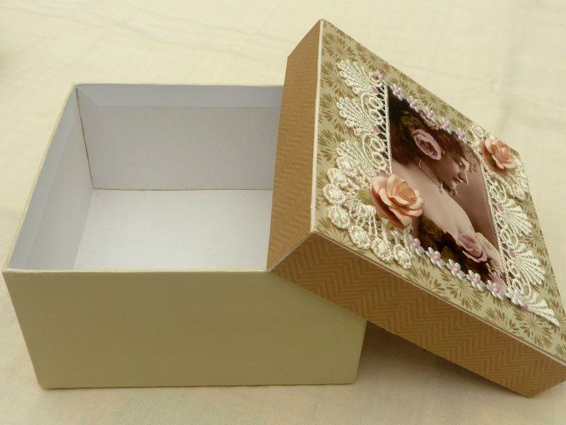 Kleinesbild - Edle Nostalgie Geschenkschachtel Schmuckbox mit Vintage Motiv Spitze Decoupage