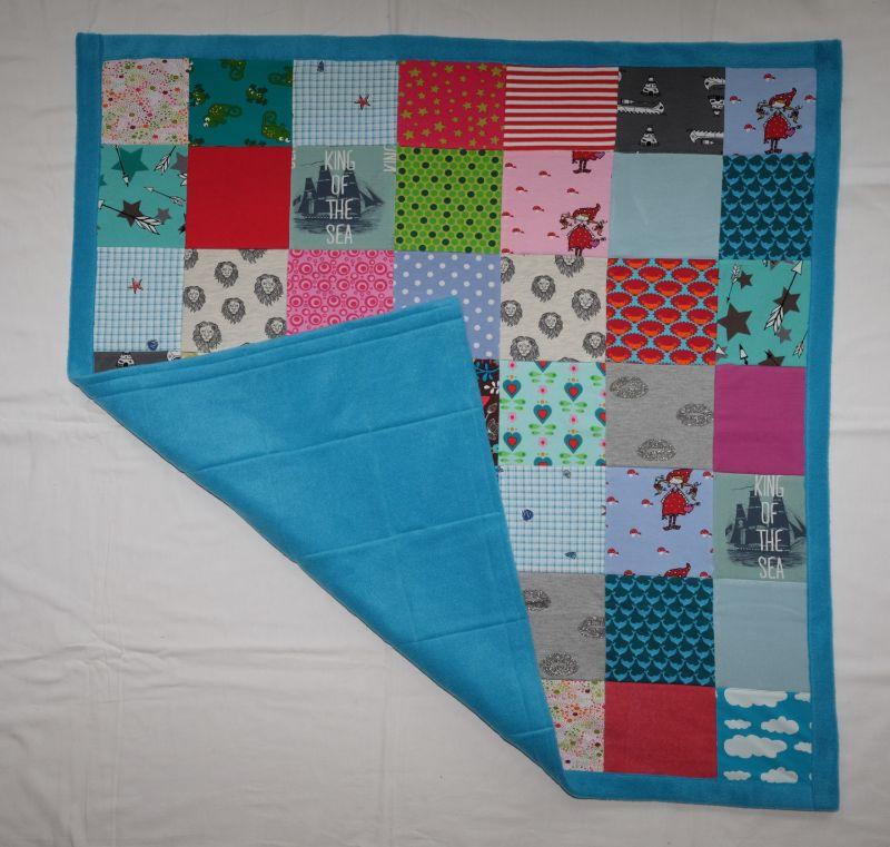 Kleinesbild - Patchworkdecke Babydecke 99x104cm Jersey mit vielen Motiven