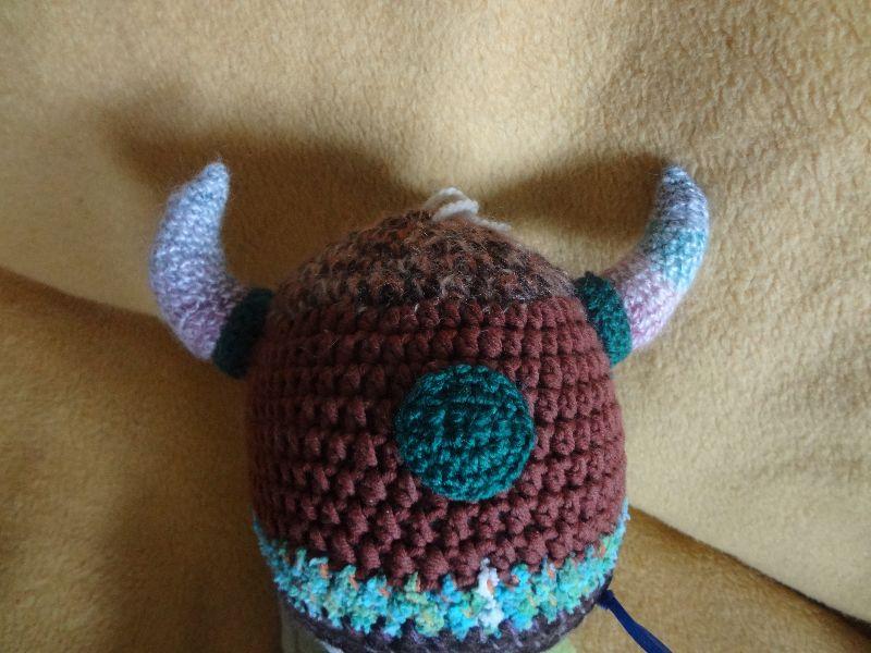 Kleinesbild - Häkelmütze, Motivmütze, Wikingerhelm, braun mit langen Hörnern