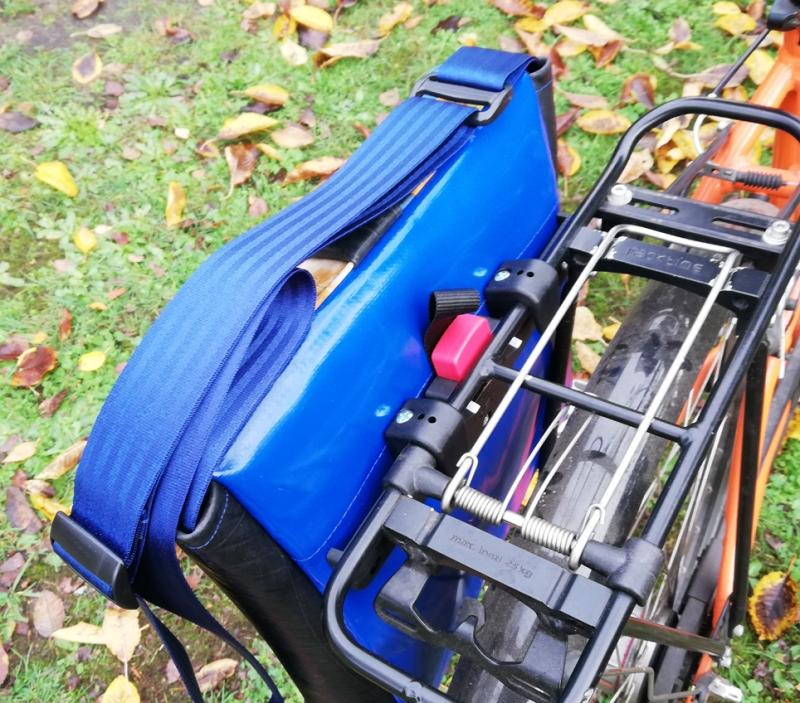 Kleinesbild - Fahrradtasche, Satteltasche, Tasche aus Luftmatratze, Umhängetaschen aus Plane fürs Fahrrad (Kopie id: 100139539) (Kopie id: 100141906)