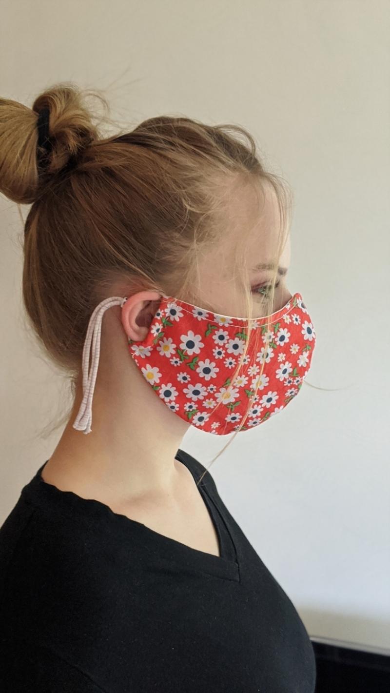 Kleinesbild - Mund- und Nasenschutz, Behelfsmasken, Masken aus Baumwolle, Schutzmasken genäht, tolle Designs (Kopie id: 100230050) (Kopie id: 100230053)