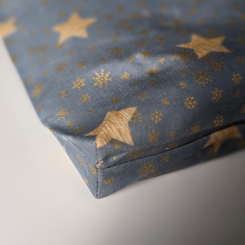 Kleinesbild - Lunchbag Brotbeutel Vegan Wachstuch Plastikfrei einpacken Aufbewahrung Geschenk Weihnachten Nicolaus Adventskalender  Sterne Schneeflocken