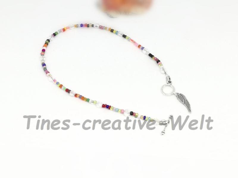 Kleinesbild - Fußkettchen mit Glasperlen auf Juwelierdraht aufgereiht kaufen