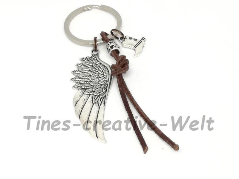 Kleinesbild - Schlüsselanhänger mit Engelsflügel, XL Flügel, Leder, Feder, Stiefel, Cowboy, Wechselanhänger, Taschenanhänger, Anhänger