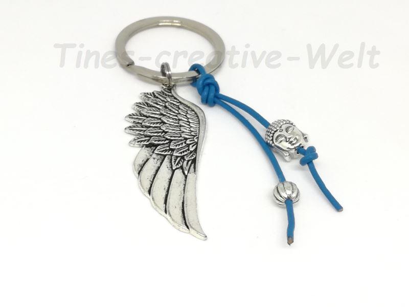 Kleinesbild - Schlüsselanhänger Engelsflügel Boho Buddha Lederband Feder Taschenanhänger Wechselanhänger Anhänger blau
