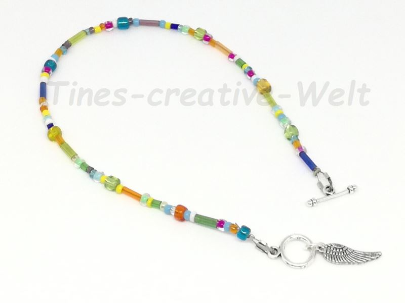 Kleinesbild - Fußkettchen mit Glasperlen auf Juwelierdraht aufgereiht, Knebelverschluss, Geschenk für Frauen