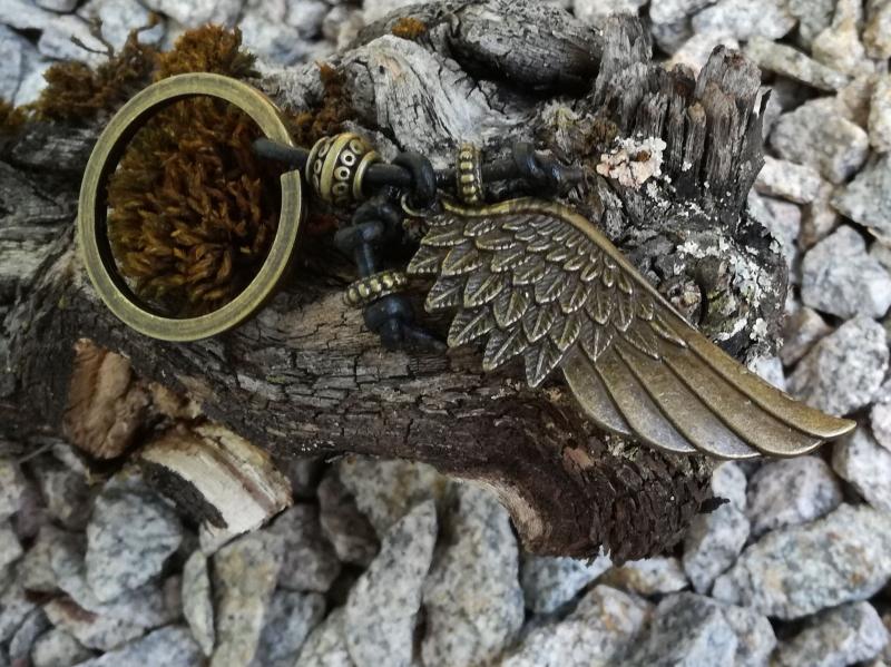 Kleinesbild - Schlüsselanhänger, Engelsflügel, Leder, Lederband, Engel, Flügel, Feder, Taschenanhänger, Glücksbringer