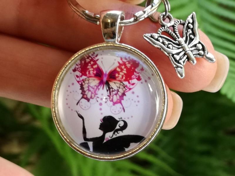 Kleinesbild - Schlüsselanhänger, Taschenanhänger, Glascabochon, Elfe, Fee, Geschenk für Frauen