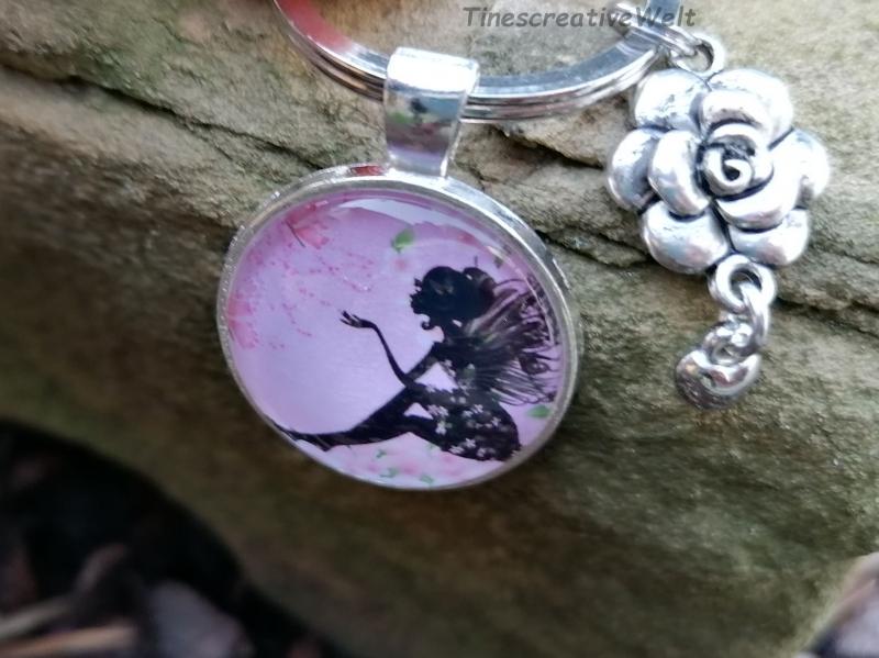 Kleinesbild - Schlüsselanhänger, Glascabochon, Elfe, Fee, Geschenk für Frauen