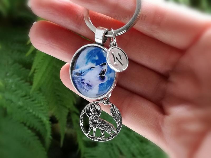Kleinesbild - Personalisierbarer Schlüsselanhänger, Glascabochon, Wolf, Geschenk für Männer