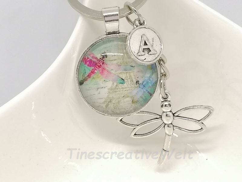 - Personalisierbarer Schlüsselanhänger, Libelle, Glascabochon, Geschenk - Personalisierbarer Schlüsselanhänger, Libelle, Glascabochon, Geschenk