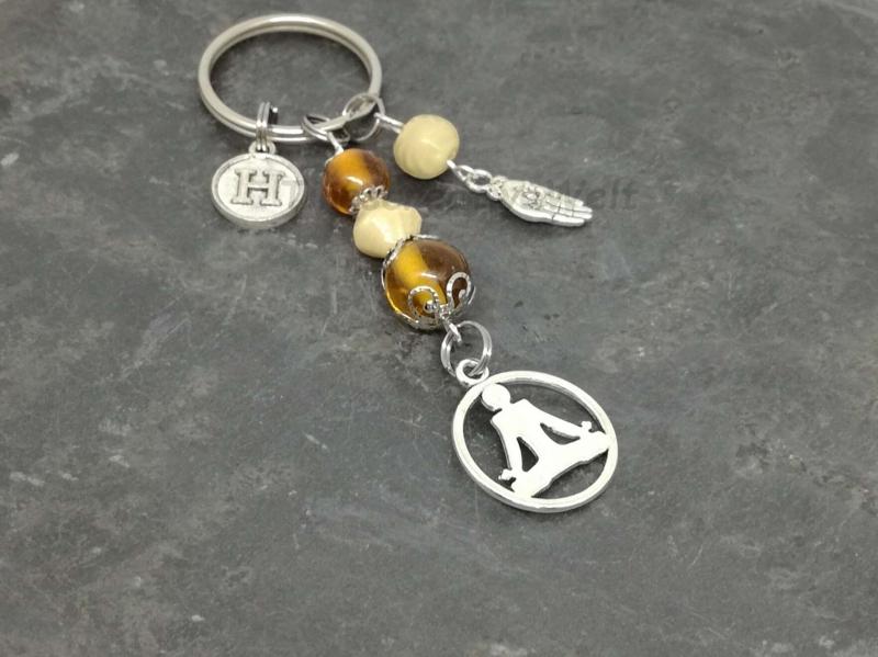 Kleinesbild - Personalisierbarer Schlüsselanhänger, Yoga, Glasperlen, Geschenkidee