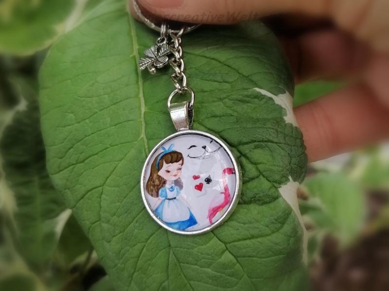 Kleinesbild - Schlüsselanhänger, Glascabochon, Mädchen, Frau, Spielkarten, Kleeblatt, Glücksbringer, Geschenk für Frauen