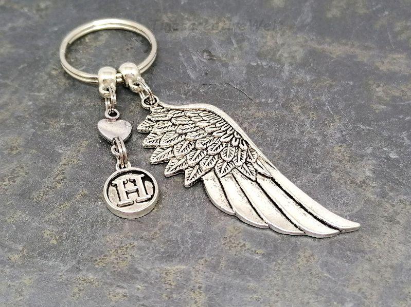 - Personalisierter Schlüsselanhänger, Engelsflügel, Taschenanhänger, Glücksbringer, Geschenkidee - Personalisierter Schlüsselanhänger, Engelsflügel, Taschenanhänger, Glücksbringer, Geschenkidee