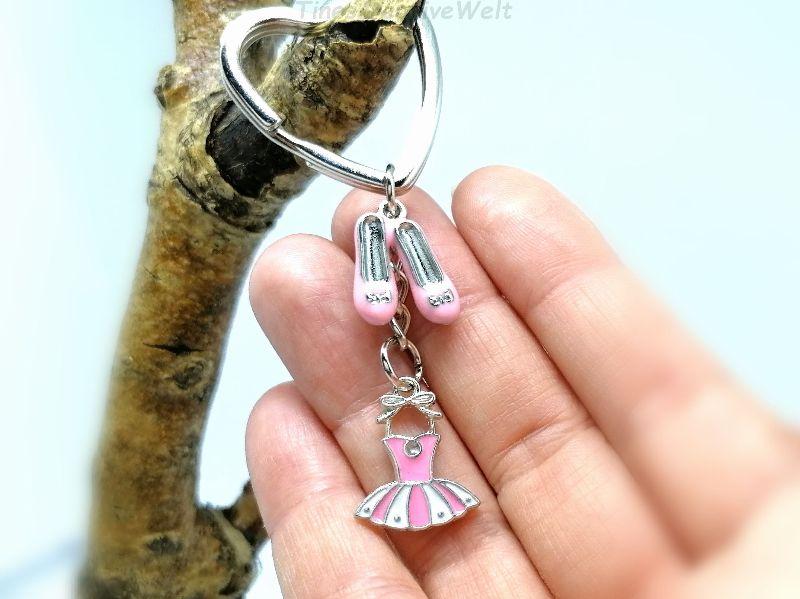 Kleinesbild - Schlüsselanhänger, rosa Kleid, rosa Schuhe, Rockabilly, Ballerina, Tanzen, Glücksbringer, Geschenk