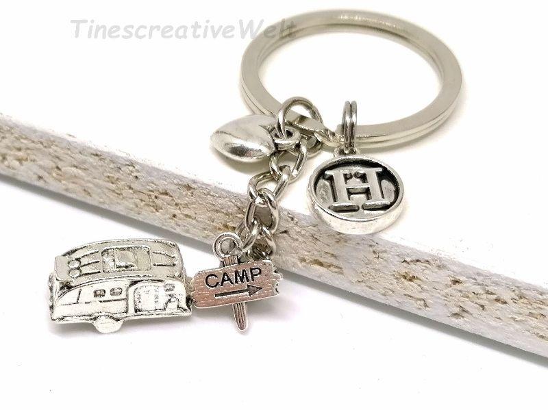 Kleinesbild - Personalisierter Schlüsselanhänger, Wohnwagen, 3D, Herz, Glücksbringer, Autoreise, Geschenk für Frauen, Geschenk für Männer