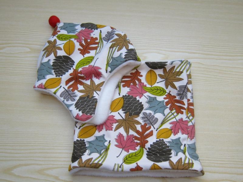 Kleinesbild - Warme Mütze, Mütze in Herbst Blätter Motive, Alpen Fleece, Öko Mütze, warme Haube