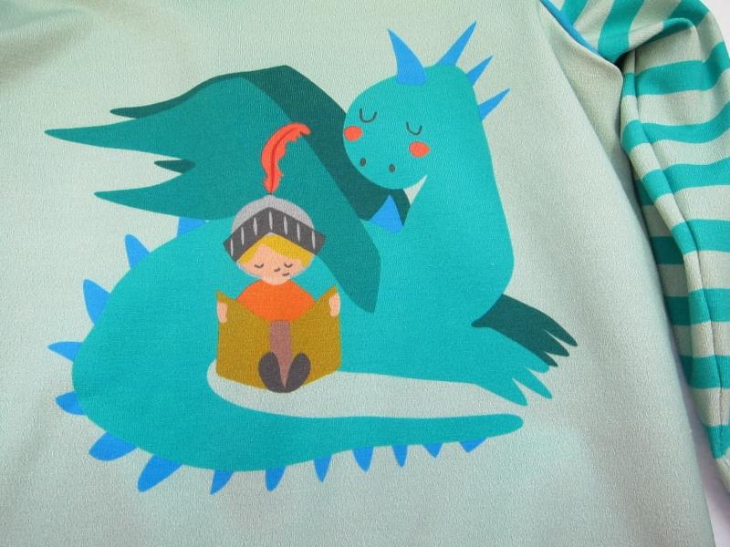 Kleinesbild - Drachenliebe Baby Hoody Sweatshirt Jacke in Öko Baumwolle Größe 86-92, Schlupf Hoodie pfefferminze. Drachen und Buch lesendes Kinds