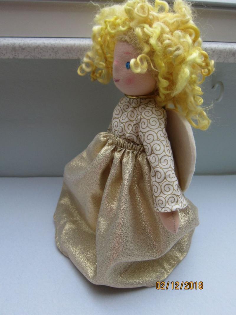 Kleinesbild - Weihnacht - Baumspitze Engel- Alissa Engel Stoff Puppe, Waldorf Stil, echten Schafwoll Haare, 31cm Sammler Puppe, Kunstpuppe, Weihnachten.
