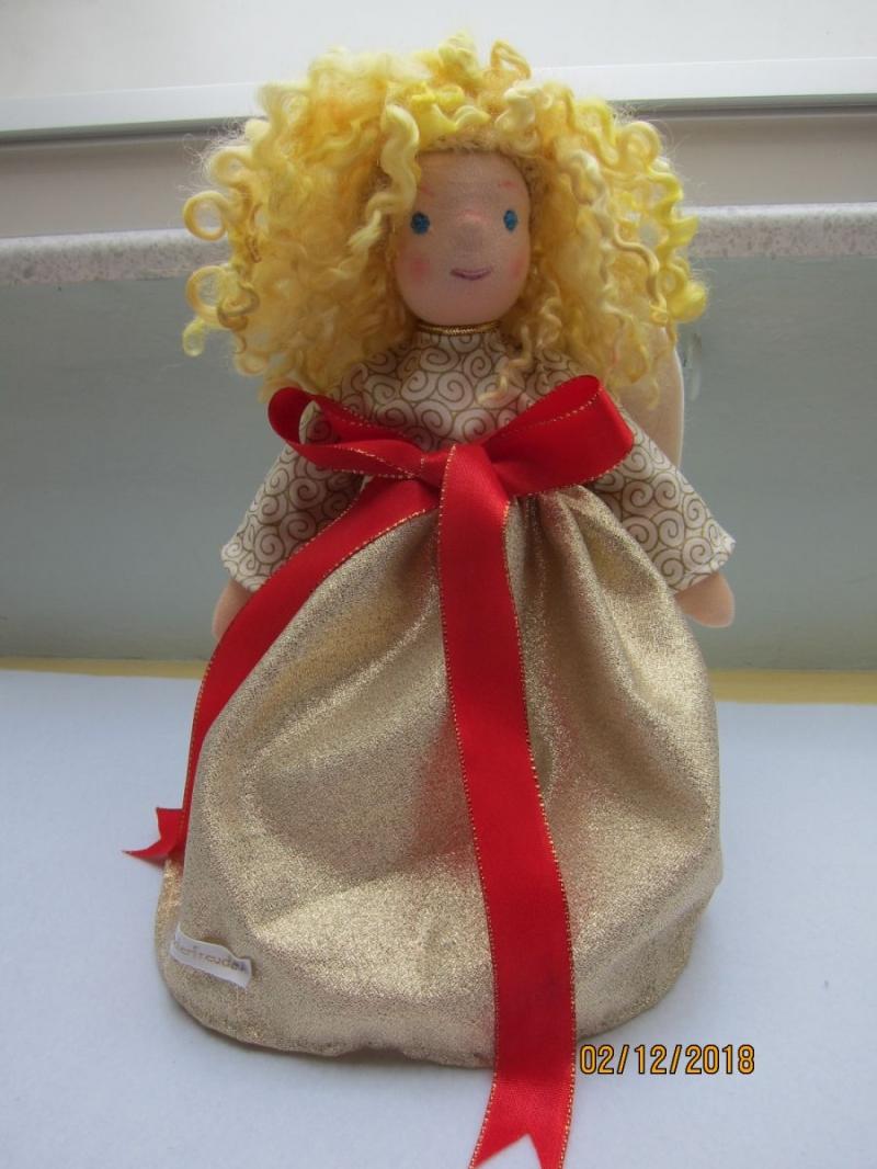 Kleinesbild - Weihnachts Baumspitz Engel- Agnetha Engel Stoff Deko, Waldorf Stil, echten Schafwoll Haare, 31cm Sammler Puppe, Kunstpuppe, Weihnachten.