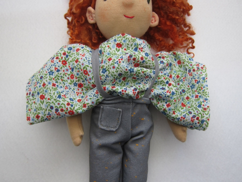 Kleinesbild - Öko Puppen Tunika mit Pumphose für handgemachte Waldorf Puppen Größe 30 - 35 cm