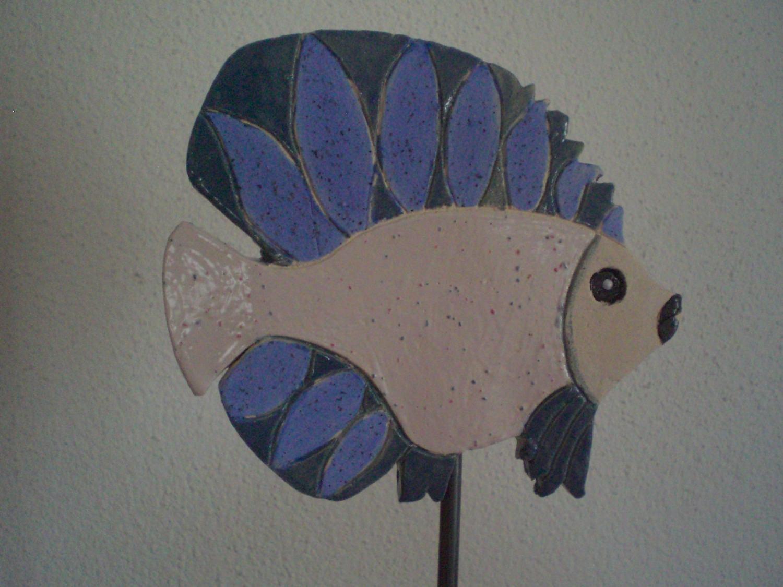 - Keramik handgetöpferter Fisch als  Garten- oder Teichdekoration - Keramik handgetöpferter Fisch als  Garten- oder Teichdekoration