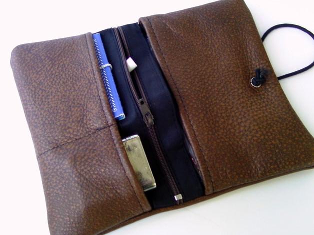Kleinesbild - Tabaktasche Leder Braun genarbt