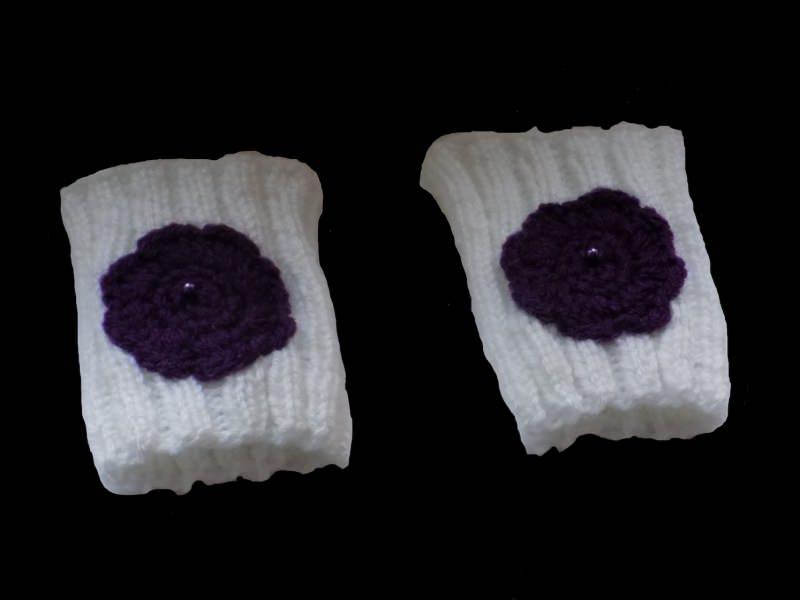 Kleinesbild - Handgestrickte weiße Pulswärmer aus Polyacryl
