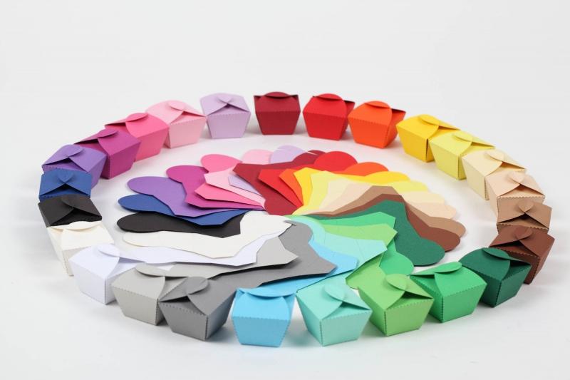 - 50 Pralinenschachteln aus Tonkarton Farbe frei wählbar - kleine Schachteln  - 50 Pralinenschachteln aus Tonkarton Farbe frei wählbar - kleine Schachteln