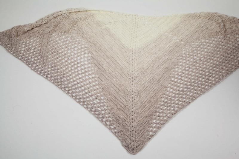 - XL Dreieckstuch gehäkeltes Schultertuch, Tuch, Stola luftig leicht, Baumwollmischung - XL Dreieckstuch gehäkeltes Schultertuch, Tuch, Stola luftig leicht, Baumwollmischung