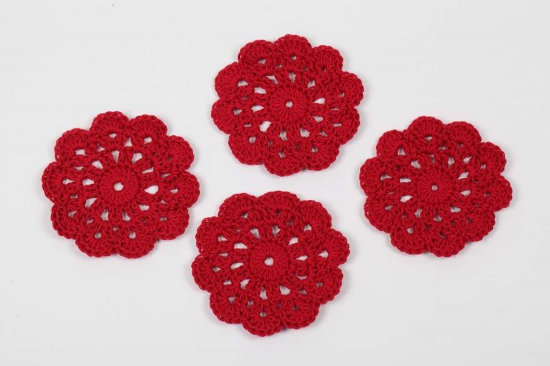 Kleinesbild - 4 gehäkelte Tassenuntersetzer in Blumenform; romantisches Tischset Glasuntersetzer Farbe wählbar