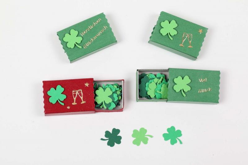 - Geschenkbox zur Auswahl mit gestanzten Kleeblättern - Konfetti; Mitbringsel zu vielen Gelegenheiten - Geschenkbox zur Auswahl mit gestanzten Kleeblättern - Konfetti; Mitbringsel zu vielen Gelegenheiten