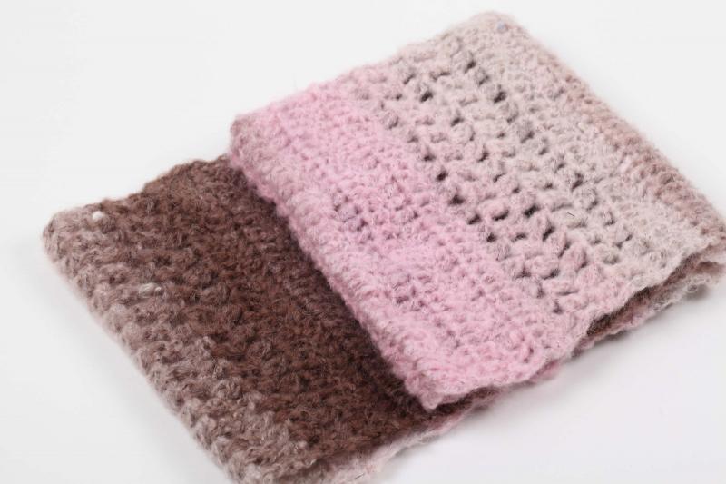 Kleinesbild -  Häkelloop aus flauschiger Wolle mit Mohair- perfekt für die kalten Tage gehäkelt im Fantasiemuster