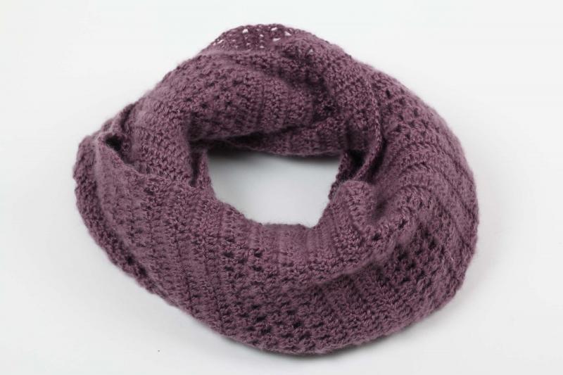 -  Häkelloop Loop Schlauchschal aus flauschiger Wolle mit Mohair-Opitk- perfekt für die kalten Tage gehäkelt im Fantasiemuster  -  Häkelloop Loop Schlauchschal aus flauschiger Wolle mit Mohair-Opitk- perfekt für die kalten Tage gehäkelt im Fantasiemuster