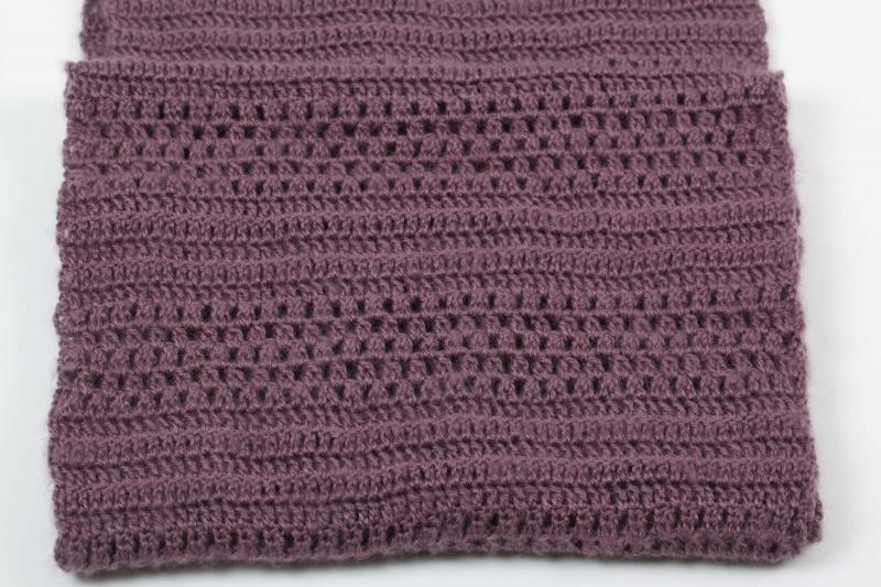 Kleinesbild -  Häkelloop Loop Schlauchschal aus flauschiger Wolle mit Mohair-Opitk- perfekt für die kalten Tage gehäkelt im Fantasiemuster