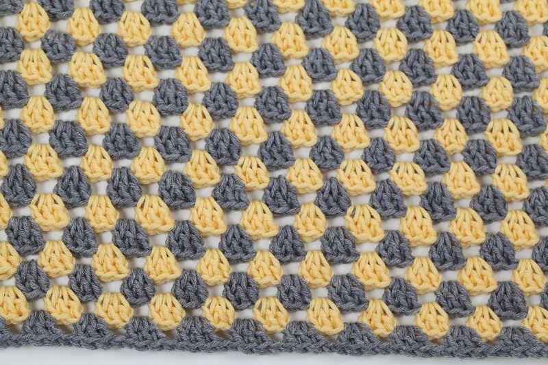 Kleinesbild - selbst gehäkelte Decke für den Kinderwagen, warm und kuschelig für Ihr Baby
