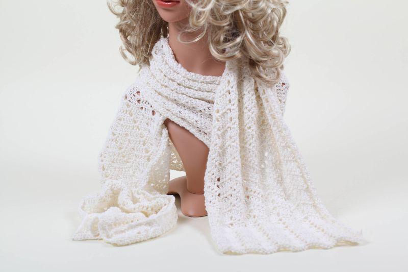 - XL Schal gehäkelt aus edler Baumwollmischung mit Kaschmir und Seide - XL Schal gehäkelt aus edler Baumwollmischung mit Kaschmir und Seide