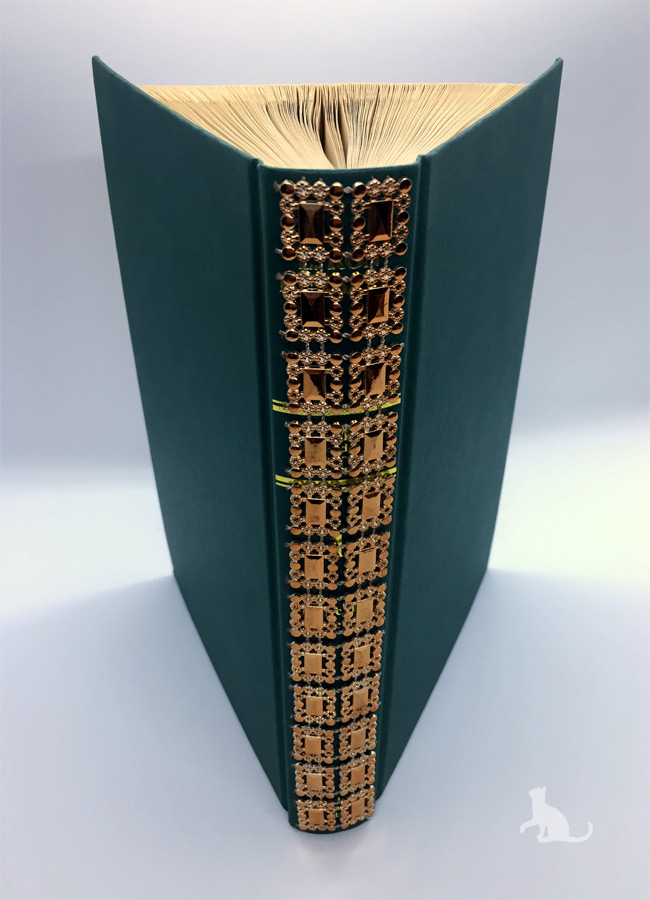 Kleinesbild - gefaltetes Buch mit Schrift ♥ Glaube Liebe Hoffnung ♥ mit grünem Einband und Dekosteinen verziert kaufen