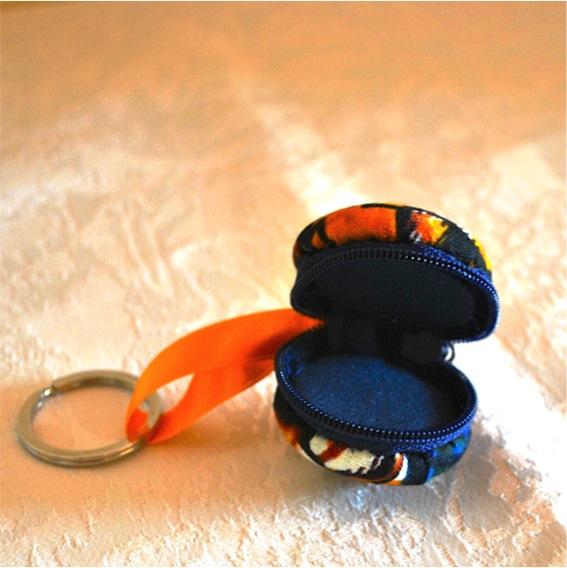 Kleinesbild - Macaron -Schlüsselanhänger ,bunt,Einkaufswagenchip-Täschchen