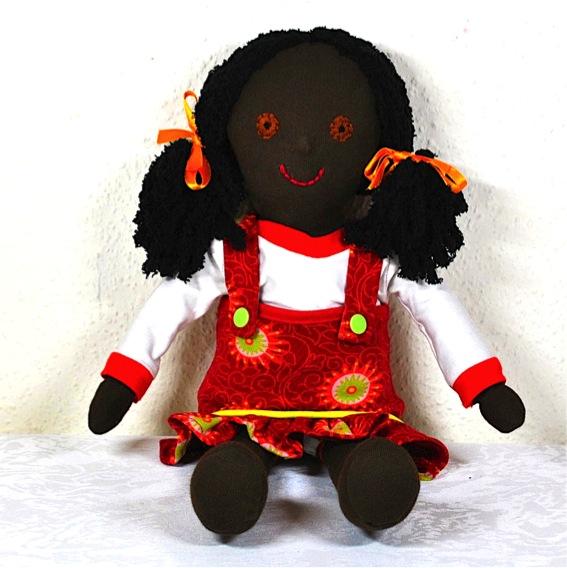 Kleinesbild - Süße Stoffpuppe zum Liebhaben,handgenäht,mit 3-teiligem Puppenkleiderset