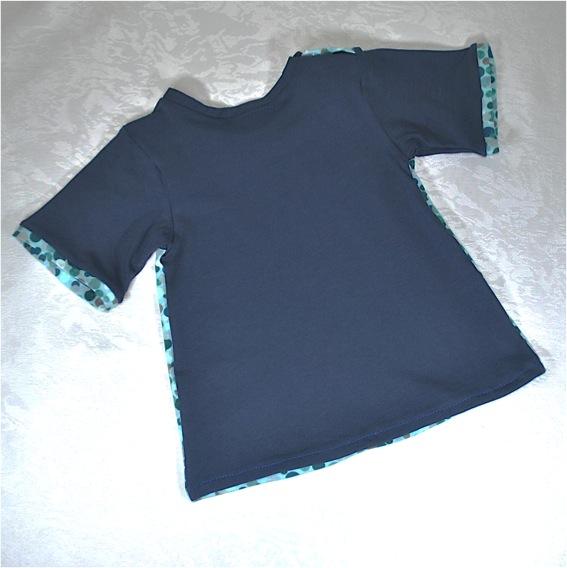 Kleinesbild - Entzückendes Babykleidchen,Gr.62,mit bunten Punkten,Geschenk zur Geburt