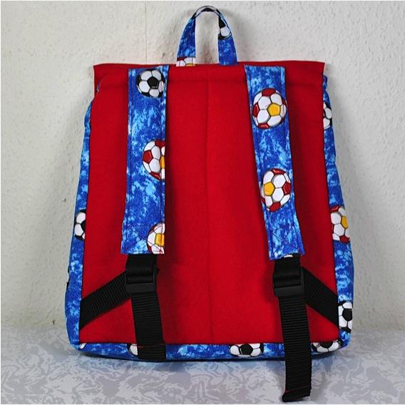 Kleinesbild - Handgenähter,farbenfroher Kinderrucksack mit Fußbällen,kaufen