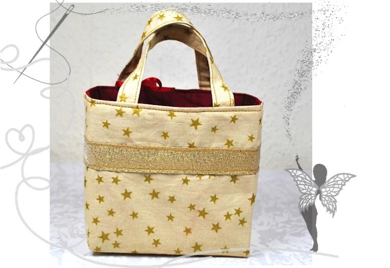 - Kleines dekoratives Täschen für kleine Geschenke in der Adventszeit  - Kleines dekoratives Täschen für kleine Geschenke in der Adventszeit