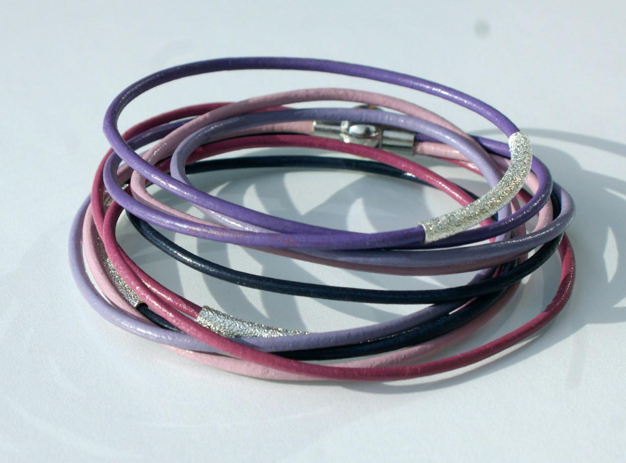 Kleinesbild - Wickelarmband LILA LAUNE Leder 5fach silber Röhrchen flieder fuchsia Magnetverschluss