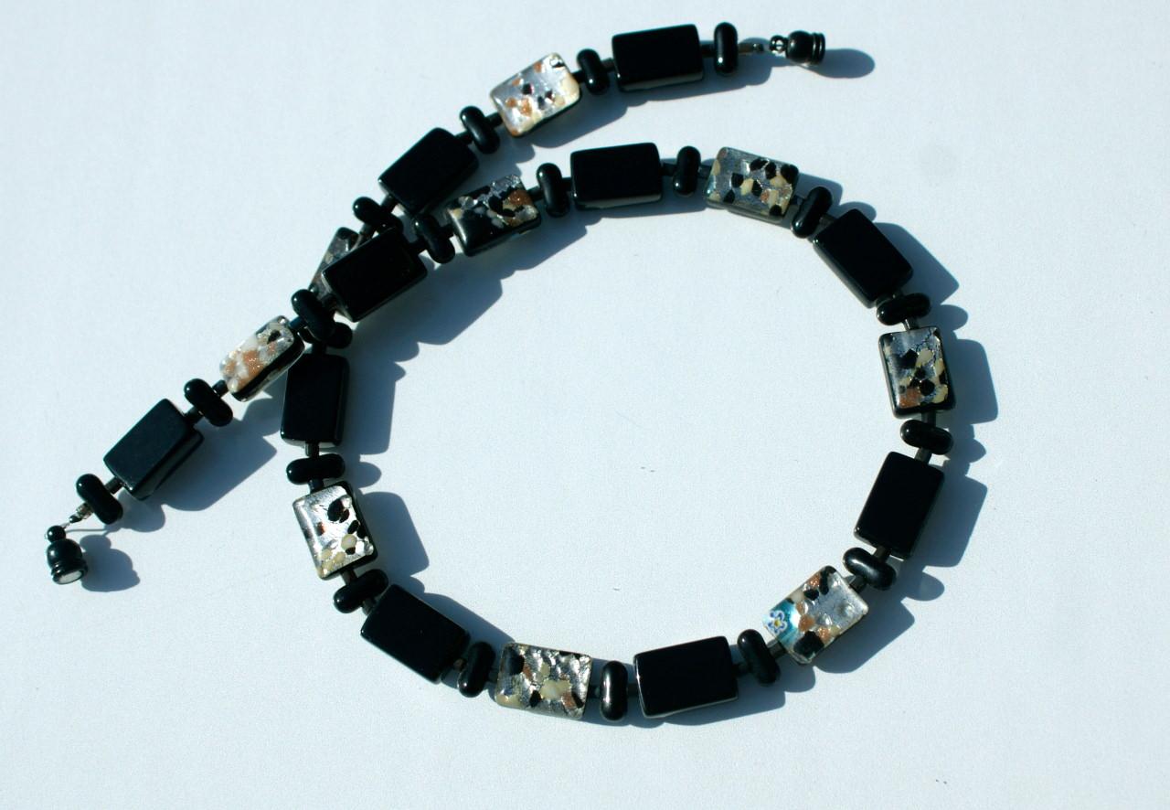 - Halskette schwarz mit Silber-Bunt Rechtecke Glas millefiori Magnetverschluss Unikat - Halskette schwarz mit Silber-Bunt Rechtecke Glas millefiori Magnetverschluss Unikat