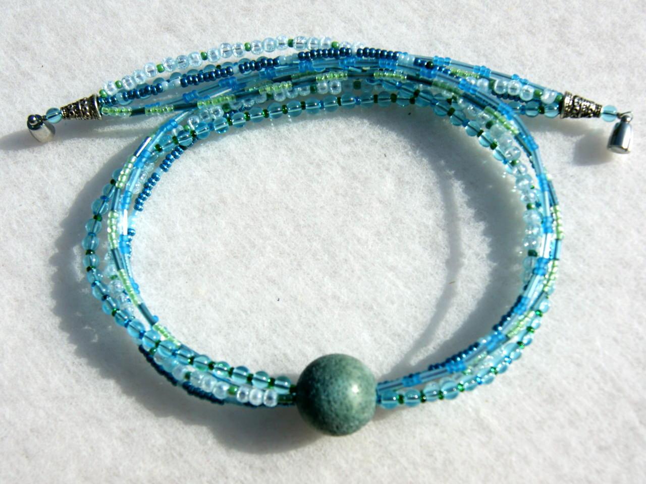Kleinesbild - 5-reihiges Collier KASKADE Glasperlen Schaumkoralle blau türkis grün