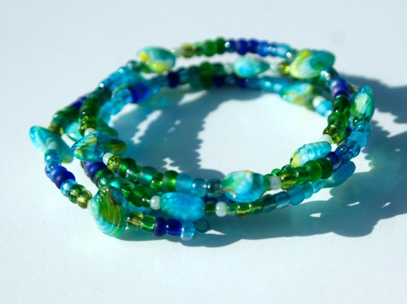 - Spiralarmband MUSCHELN blau-grün verspielt maritim blau grün gelb Glas - Spiralarmband MUSCHELN blau-grün verspielt maritim blau grün gelb Glas